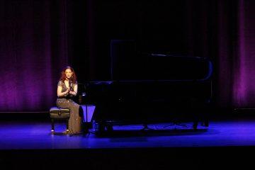 Robin_Spielberg_pianist_music_composer_jalo_magazine
