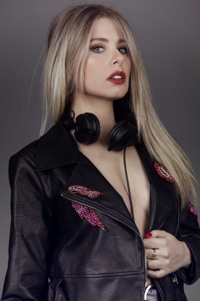 Deborah Forti -deejay