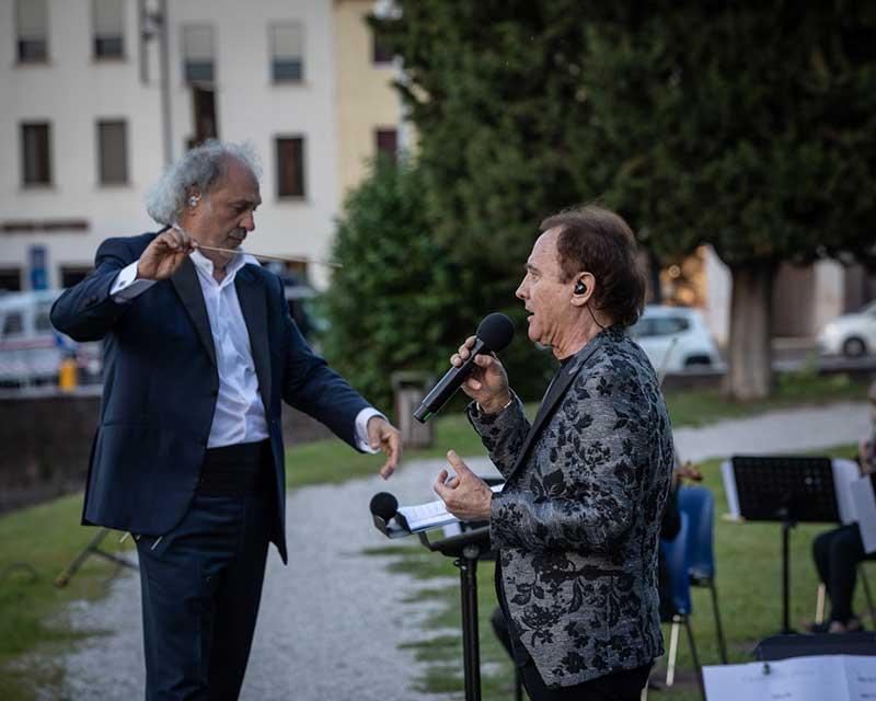 Diego-Basso-e-Roby-Facchinetti-conceto-Rinascerò-Rinascerai-giugno-2020-Castelfranco-Veneto